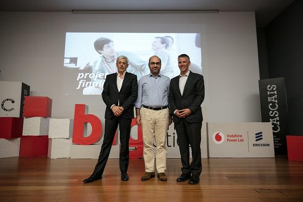 Mário Vaz (CEO Vodafone), Miguel Pinto Luz (Vice CMC); Pedro Queirós (Presidente Ericsson)