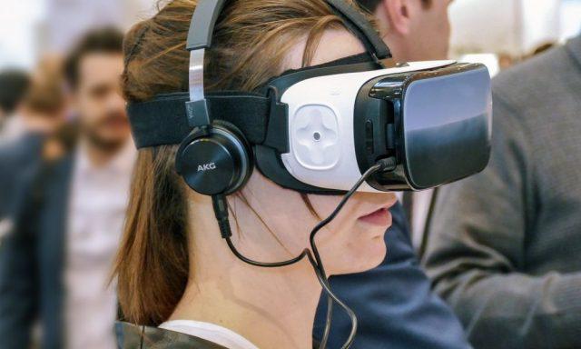 Realidade Virtual começa a ganhar tração nas empresas. Mas não está sozinha