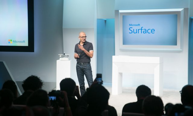 Microsoft prepara smartphone Surface