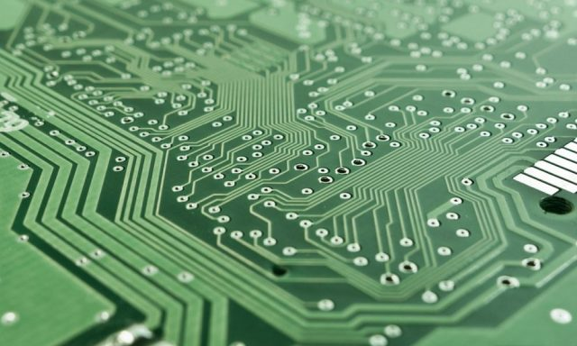 Mercado das TIC vai gerar receitas de 7,4 biliões de dólares em cinco anos