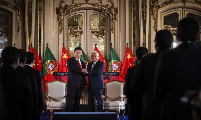 Empresas chinesas assinam acordos de investimento em Portugal