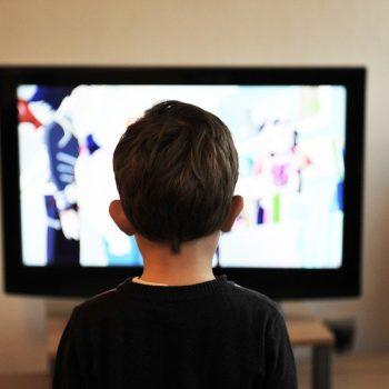 Operadoras vão poder limitar serviços de streaming no confinamento